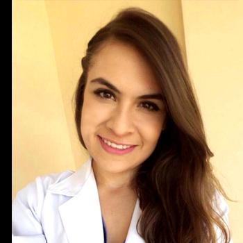 Dra. Elisa Espinoza