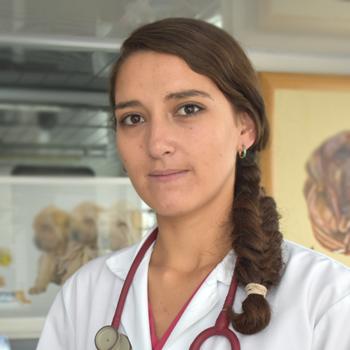 Dra. Ana Carolina Terán